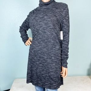 new Free People black turtleneck tunic top M